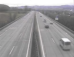 A01 West Autobahn: Bei Anschlussstelle Ybbs-Wieselburg, Blickrichtung Linz – Km 99,10 webcam Live
