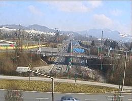 A01 West Autobahn: Anschlussstelle Salzburg Mitte-Freilassing, Blickrichtung Wien – Km 292,37 webcam Live