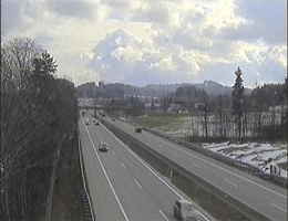A01 West Autobahn: Bei Anschlussstelle Wallersee, Blickrichtung Wien – Km 280,00 webcam Live