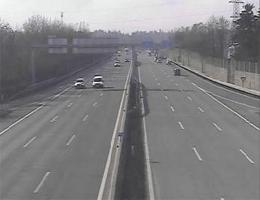 A01 West Autobahn: Bei Anschlussstelle Wals-Salzburg West, Blickrichtung Walserberg – Km 296,95 webcam Live