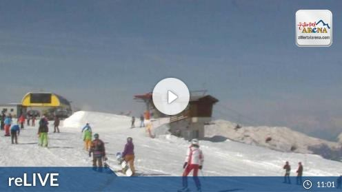 Zell am Ziller – Kreuzjoch X-Press Bergstation webcam Live