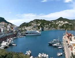 Ponza (Insel) – Hafen Webcam Live