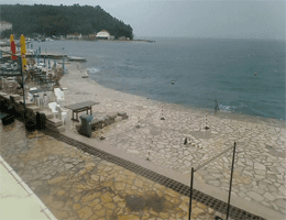 Selce: Strand – Diving Center Webcam Live