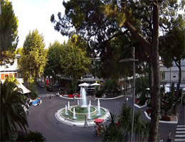 Lignano Sabbiadoro – Piazza Fontana Webcam Live | E Live Webcams