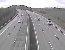 A01 West Autobahn: Bei Anschlussstelle Melk, Blickrichtung Linz – Km 85,00 webcam Live