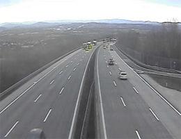 A01 West Autobahn: Zwischen Anschlussstelle Haag und St.Valentin, Blickrichtung Linz – Km 147,10 webcam Live