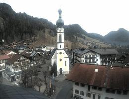 Reit im Winkl – Kirchplatz webcam Live