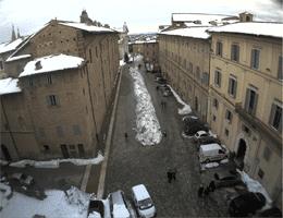 Urbino – Piazza Rinascimento Webcam Live
