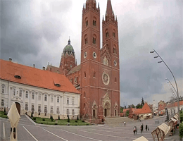 Đakovo Cathedral Sv. Petra Webcam Live