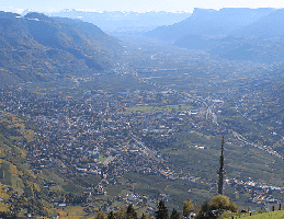 Dorf Tirol – Berggasthaus Hochmuth Webcam Live
