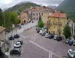 Longano Piazza Webcam Live